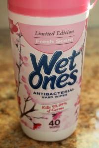 Antibacterial Wet Ones