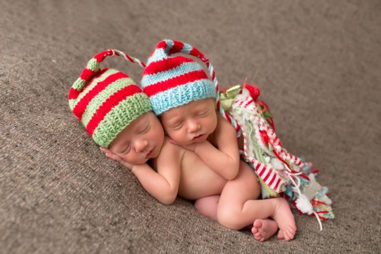Twins.Newborn.Christmas.Tassle.Hats